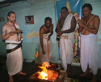 feuerzeremonie, havan, homa indien deutschland